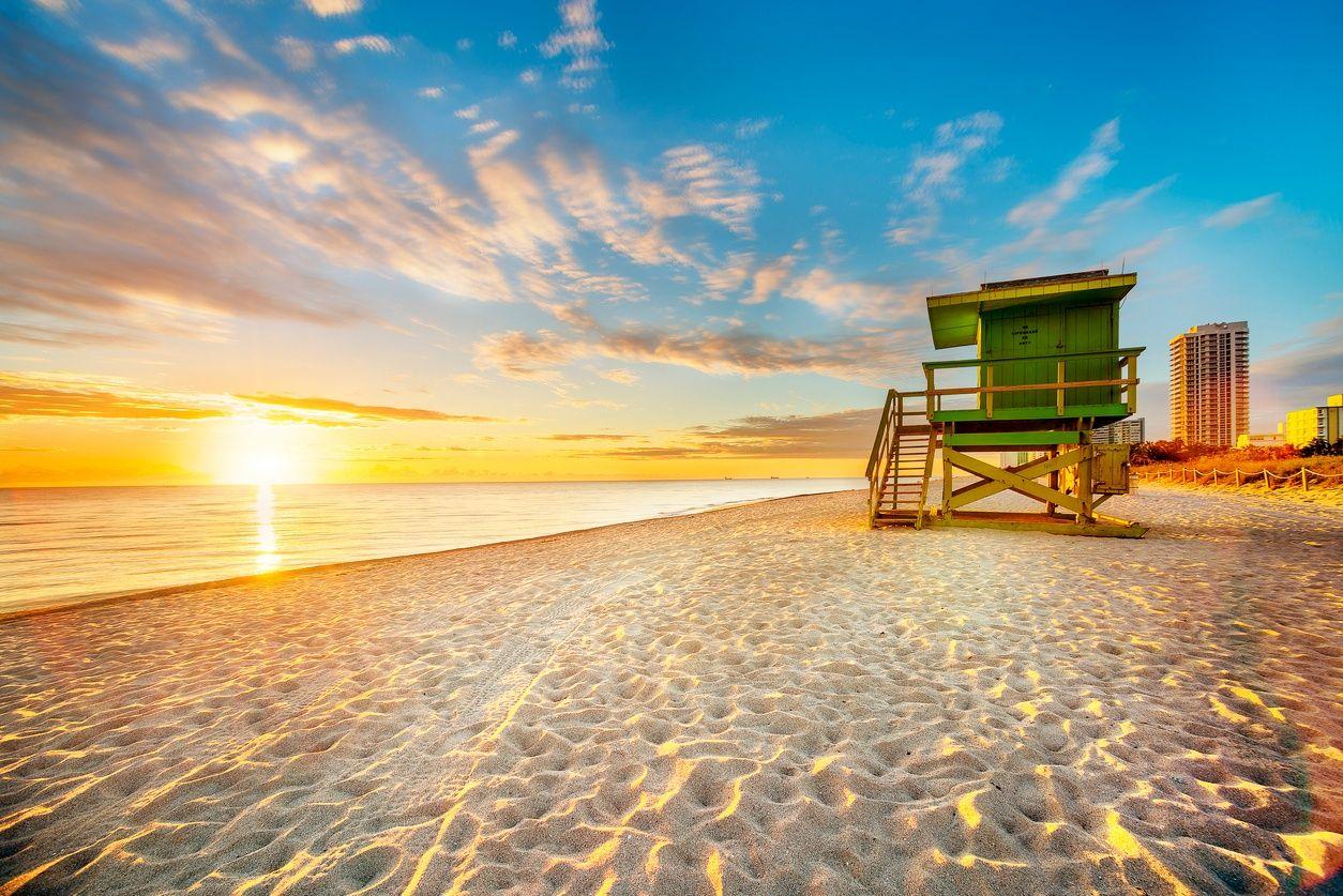 दक्षिण समुद्र तट, सूर्यास्त में मियामी